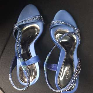 High-heel formal shoes