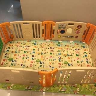 (Bundle sale) Preloved Parklon Playmat & Haneim Playyard