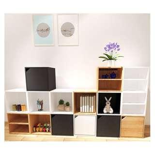 小櫃子 自由組合書櫃 簡易書架 迷你款儲物收納盒格子櫃 木質帶門(現貨只餘下2個)