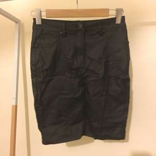 Maxim wax like black mini skirt