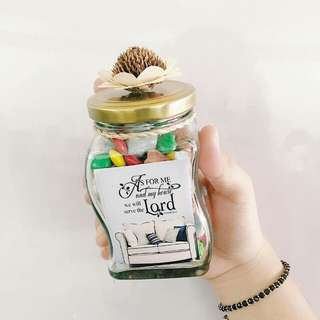 Customized chocolate in a jar