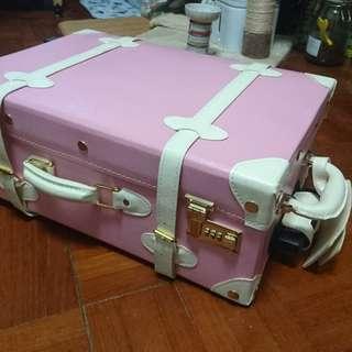 行李篋 travel  luggage