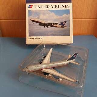 聯合航空747-400  1:500