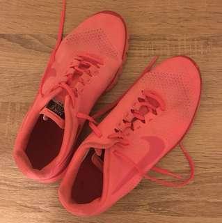Nike free 3.0 size 8.5