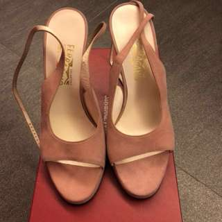 New Ferragamo shoes - dusty pink, size 9C