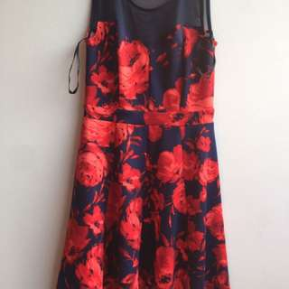 Enfocus dress flower