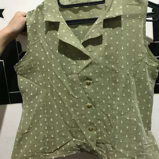 Greeny vintage top