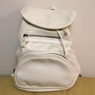 全新!白色PU皮背囊 NEW!White PU Backpack