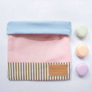 Thursday Chat String Pouch