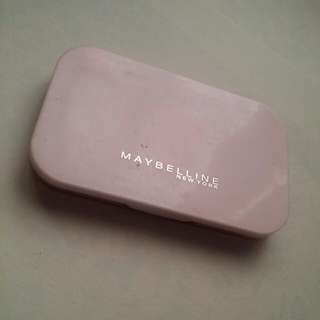Maybelline two-way cake foundation