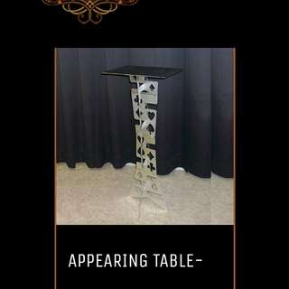 Appearing table