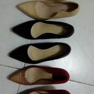 Pointed shoes(3 pairs)