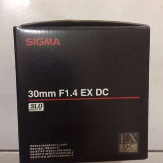 Sigma 30mm f1.4 ex dc hsm for canon