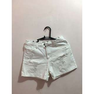 Fudge Rock White ripped shorts