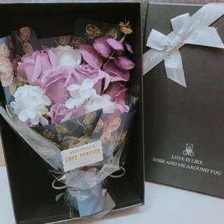 紫白色香皂玫瑰花 情人節 情人節禮物