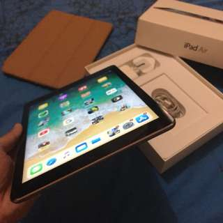Ipad air 1 32gb wifi only sadis man