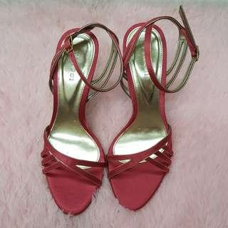 Vincci Pink Heels