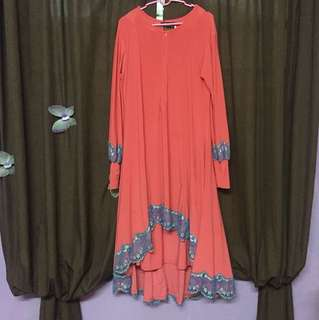 Two pieces modern muslimah