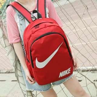 Nike 包包 。後背包。書包。