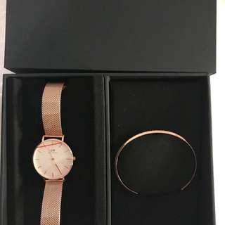 DW Watch with Bangle