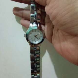 Sale!!Original DKNY WATCH P2500 only
