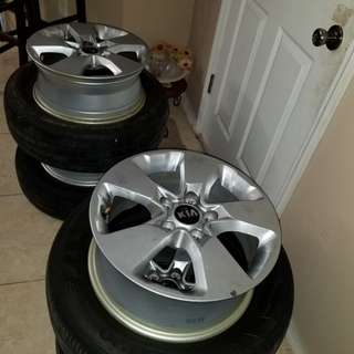 Chrome Rims and Tyres Size 16 KIA