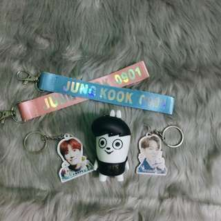 [Interest Check/Pre-Order] BTS Keychains and Keyrings