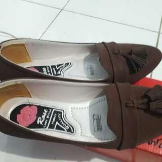 Flatshoes brand local