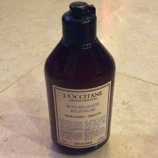 L'occitane relaxing oil for bath