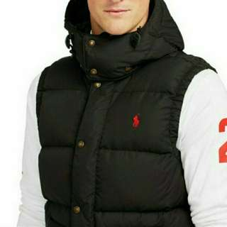 Best gift of valentin day, Ralph Lauren Polo brand new thick down best with detachable cap, size S,  black color, with original polo tags and shopping bag