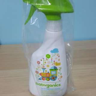 BNIB Babyganics Toy & High chair cleaner