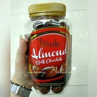 ALFREDO ALMOND MILK CHOCOLATE - JAR