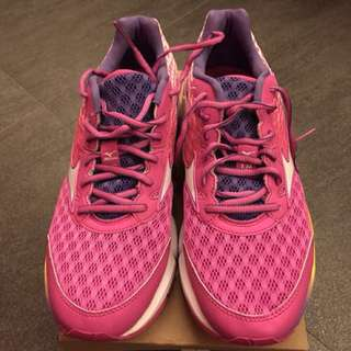 Mizuno Running Shoes -Pink limited edition. Size 26