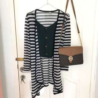 Cardigan stripes black and white