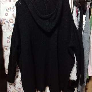 連帽寬版黑色針織衣