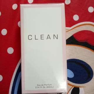 Clean woman perfume