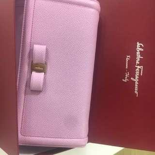Salvatore-Ferragamo leather crossbody bag