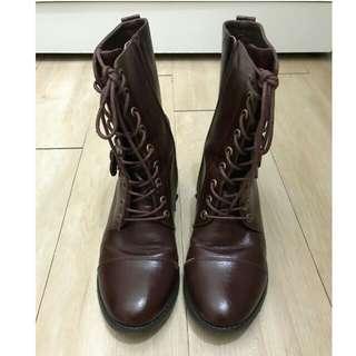 🚚 中筒靴