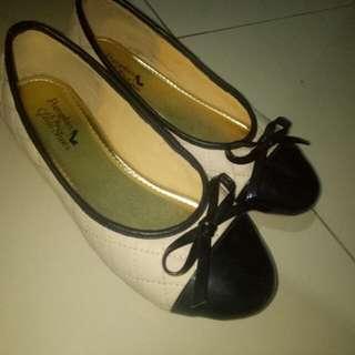 Ribbon flatshoes