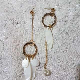 Petal on lake earring