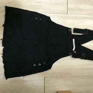 🚚 OB嚴選 黑色吊帶裙