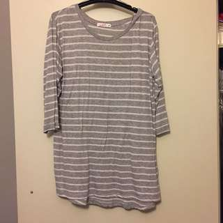Striped shirt (grey and white)