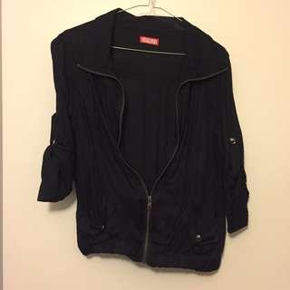 Black jacket (lightweight material)