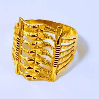 916 Gold Adult Ring