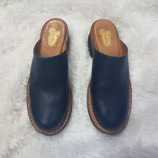 NEW Justin Genuine Leather Mules