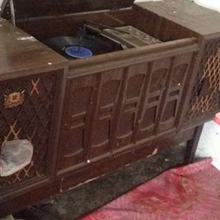 Colloidal Record Player