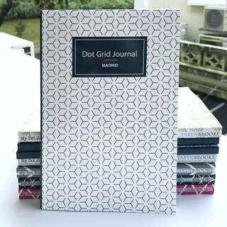 Beginner Dot Grid Journal for Bullet Journalling - Beautiful and Practical Bullet Journal Notebook Organiser Planner