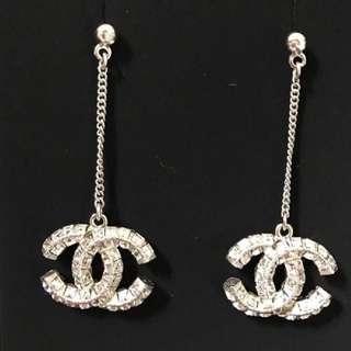 LOOKING FOR: Chanel Earrings