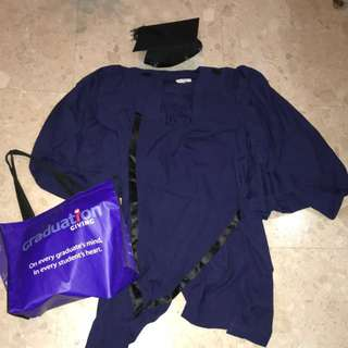 NTU graduation gown
