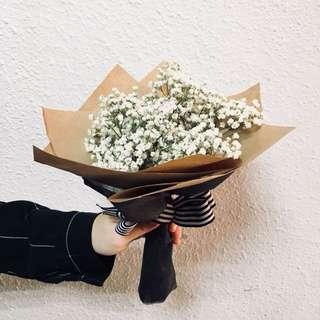 Valentine's Day Fresh baby breath bouquet
